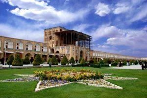 عوامل آسیب رسان به بناهای تاریخی